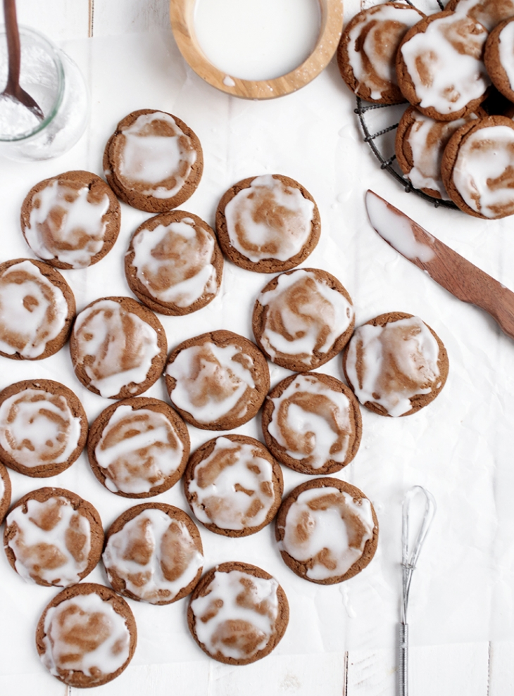Iced Molasses Cookies @themerrythought