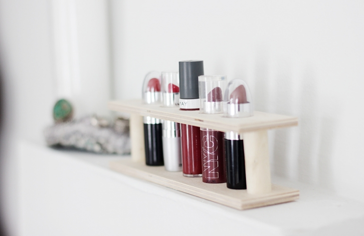 DIY Wooden Lipstick Holder @themerrythought