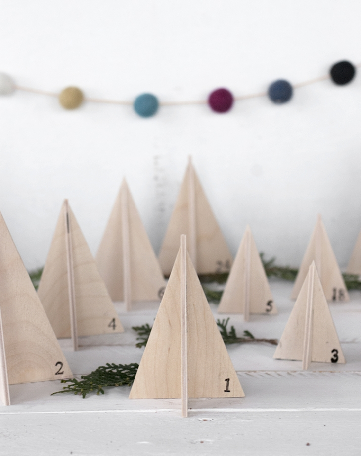 Wooden Tree Advent Calendar @themerrythought