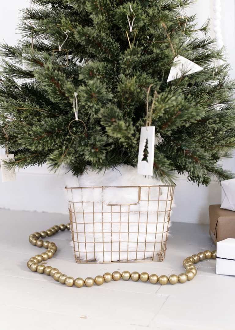 Diy Tree Skirt Alternative Themerrythought
