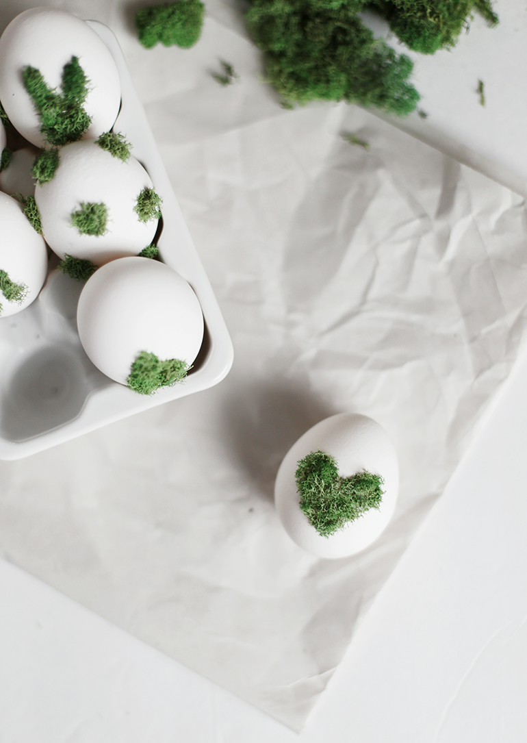 DIY Moss Design Eggs @themerrythought