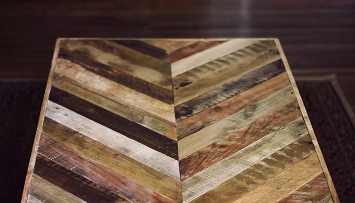 Chevron Pallet Coffee Table diy pallet coffee table » the merrythought