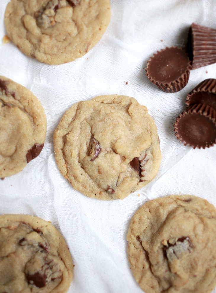 Peanut Butter Cup Cookies @themerrythought