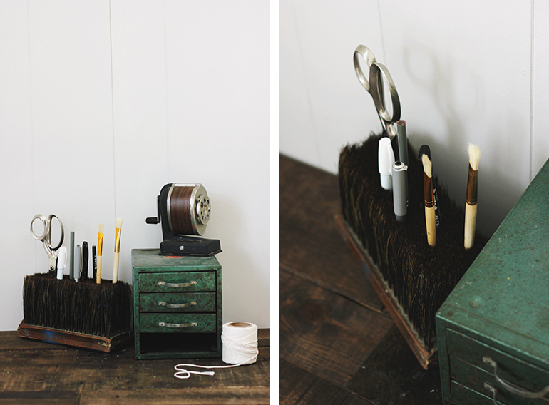 DIY Broom Head Pencil Holder @themerrythought