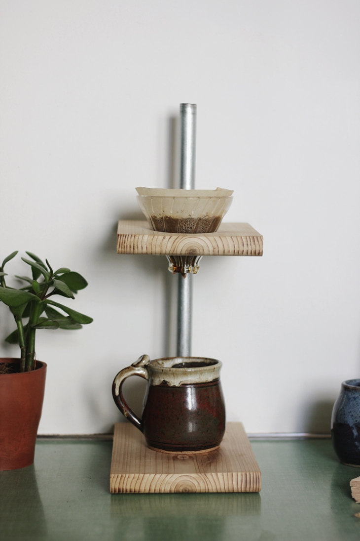 DIY Pour Over Coffee Stand @themerrythought