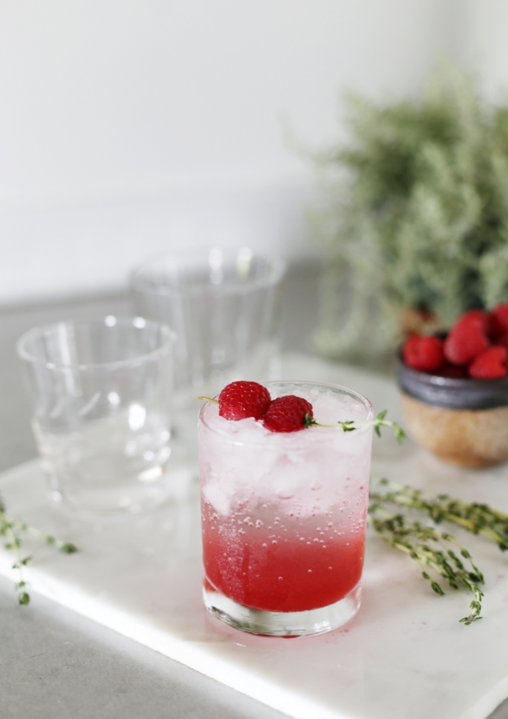 Raspberry Thyme Spritzer @themerrythought