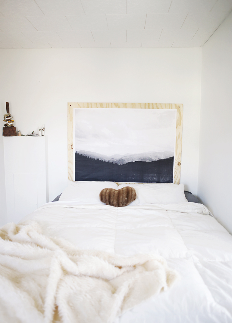 Minimal Bedroom @themerrythought
