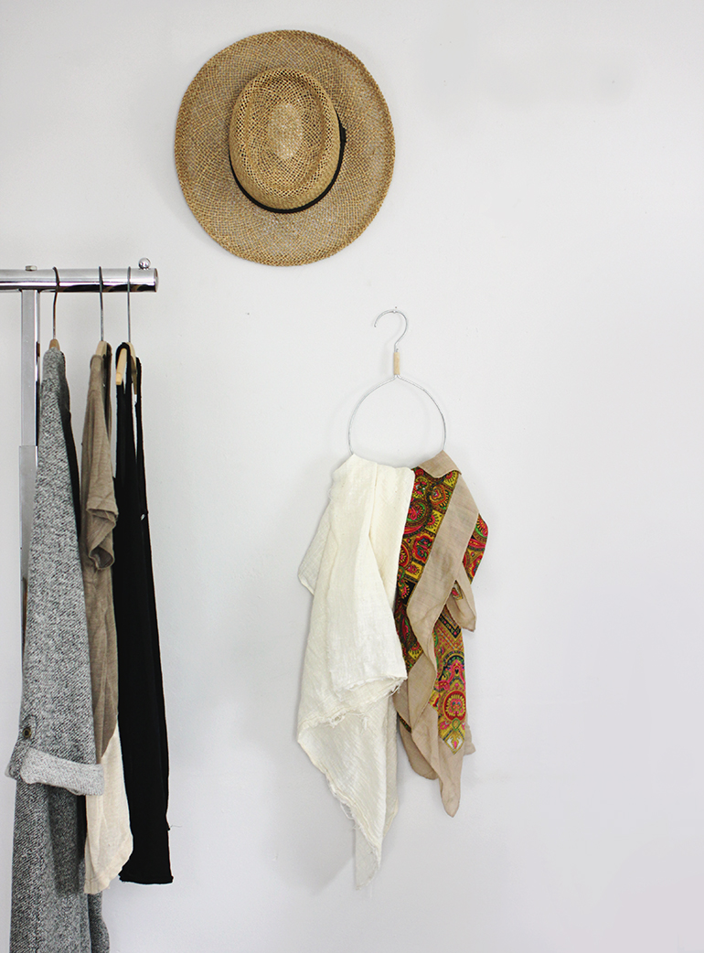 DIY Anthro Inspired Scarf Hanger @themerrythought for @poppytalk