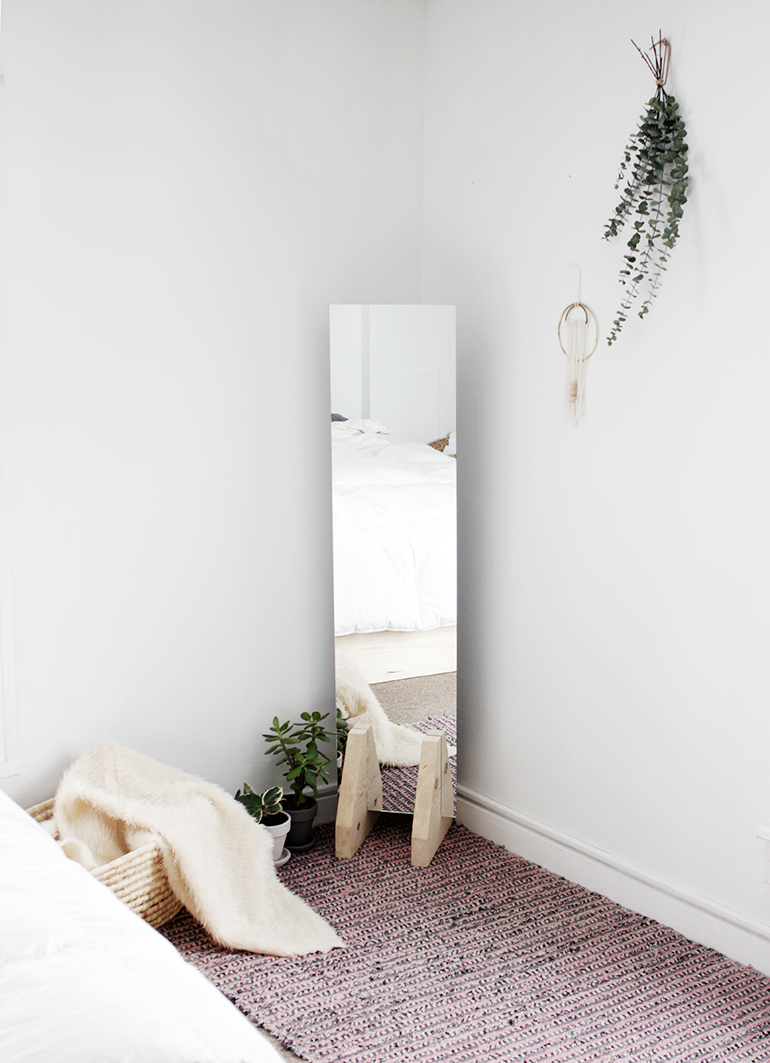 Diy floor mirror