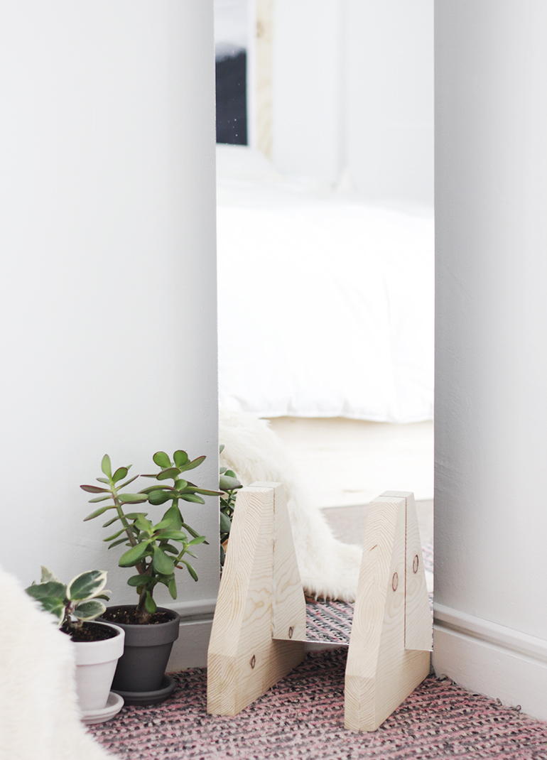 DIY Minimal Floor Mirror - The Merrythought