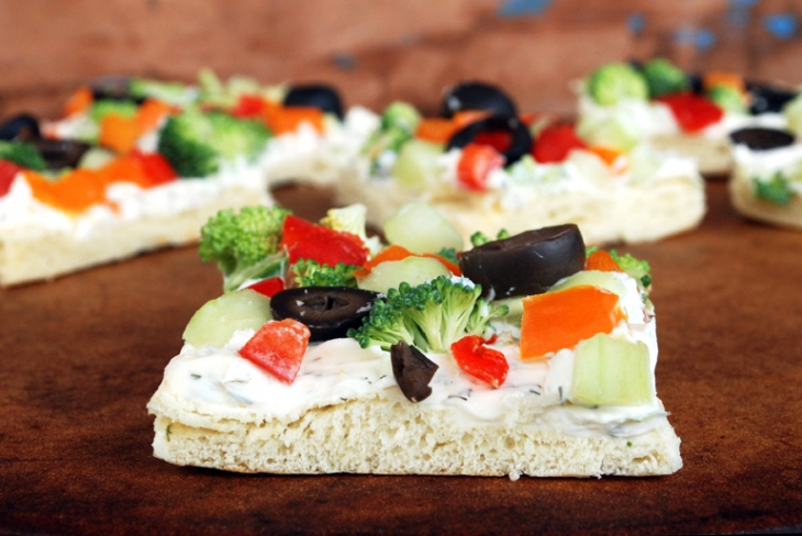 Veggie Pizza Appetizer - The Merrythought