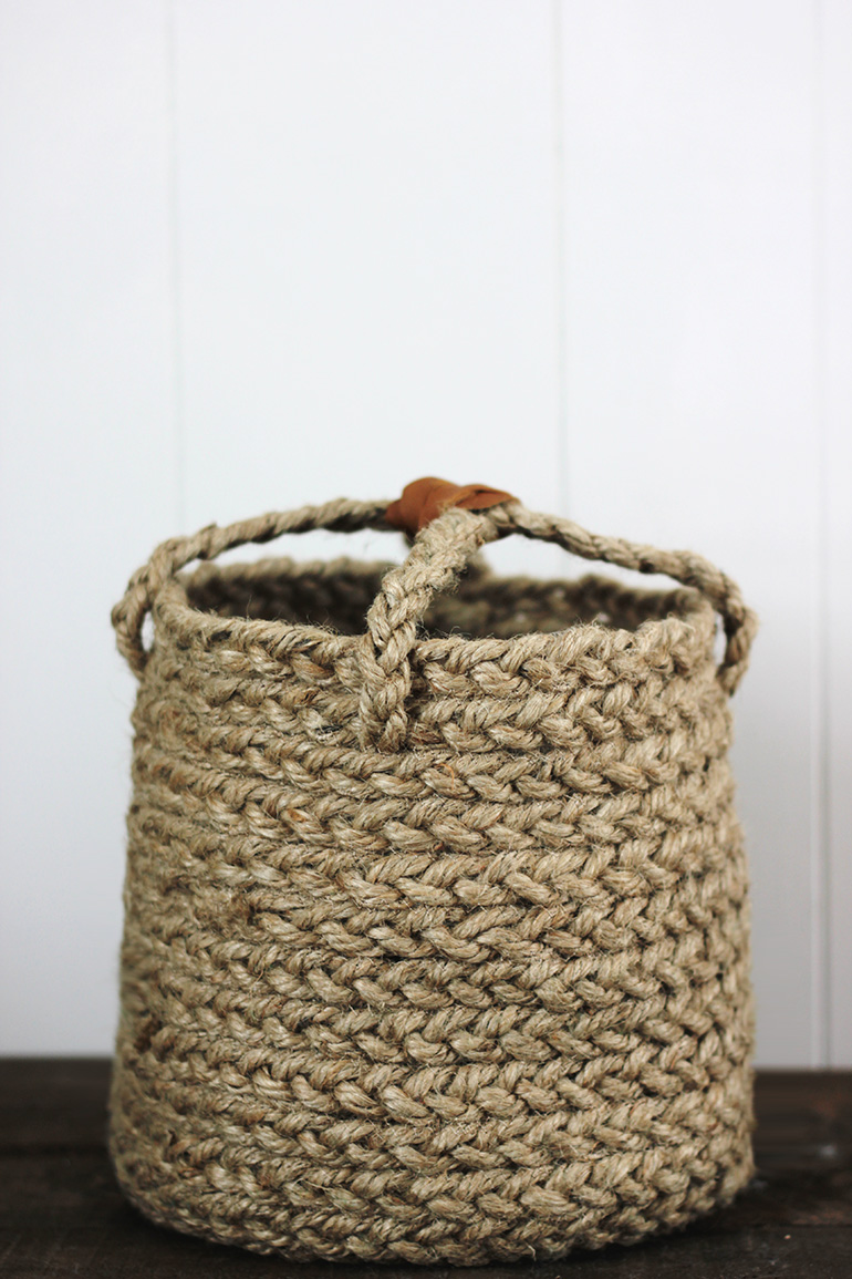 DIY braided jute rope basket