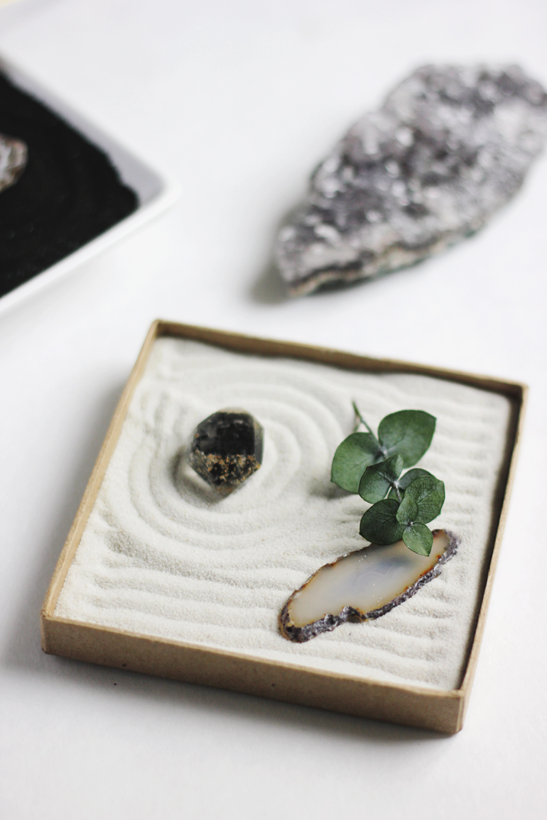 diy mini zen garden the merrythought. Black Bedroom Furniture Sets. Home Design Ideas