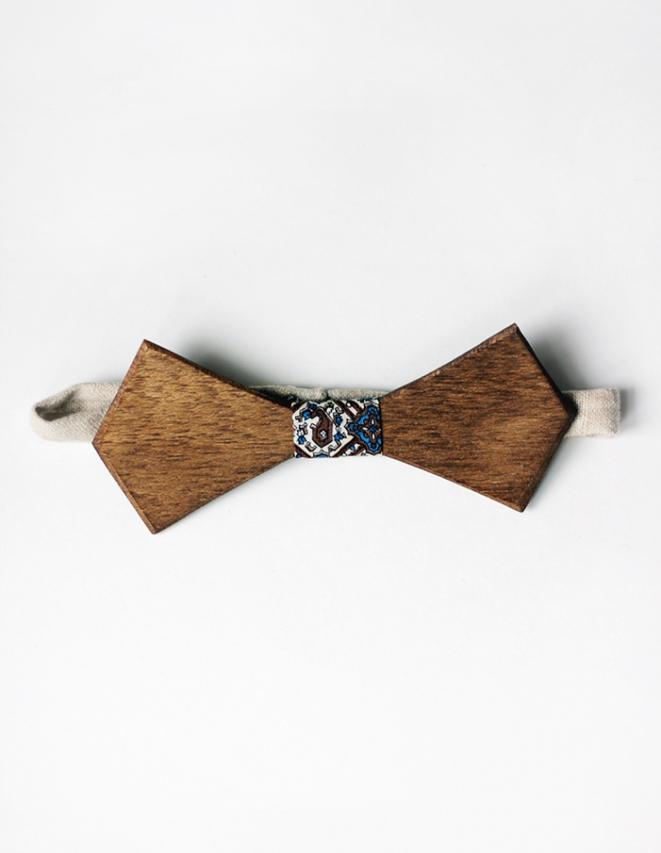 DIY Wooden Bow Tie @themerrythought