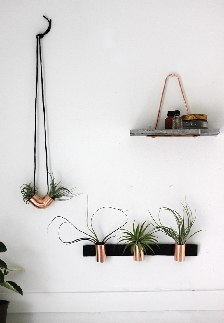 DIY Minimal Copper Airplant Holder @themerrythought for @poppytalk