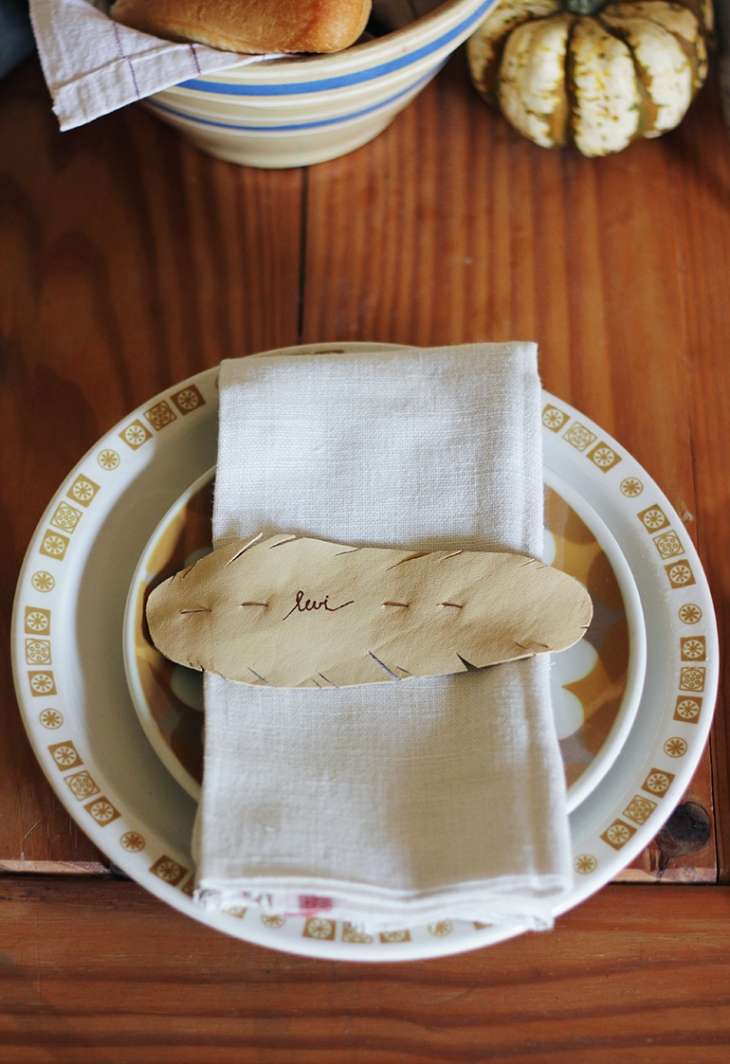 DIY Leather Feather Place Cards @themerrythought for Say Yes to Hoboken